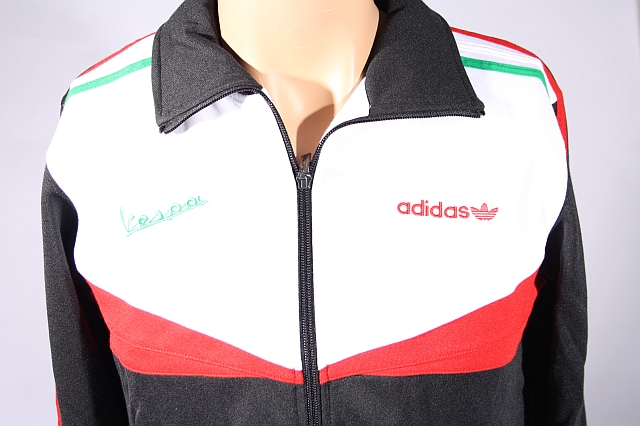adidas originals vespa retro tracktop schwarz jacke sportjacke gr xs. Black Bedroom Furniture Sets. Home Design Ideas