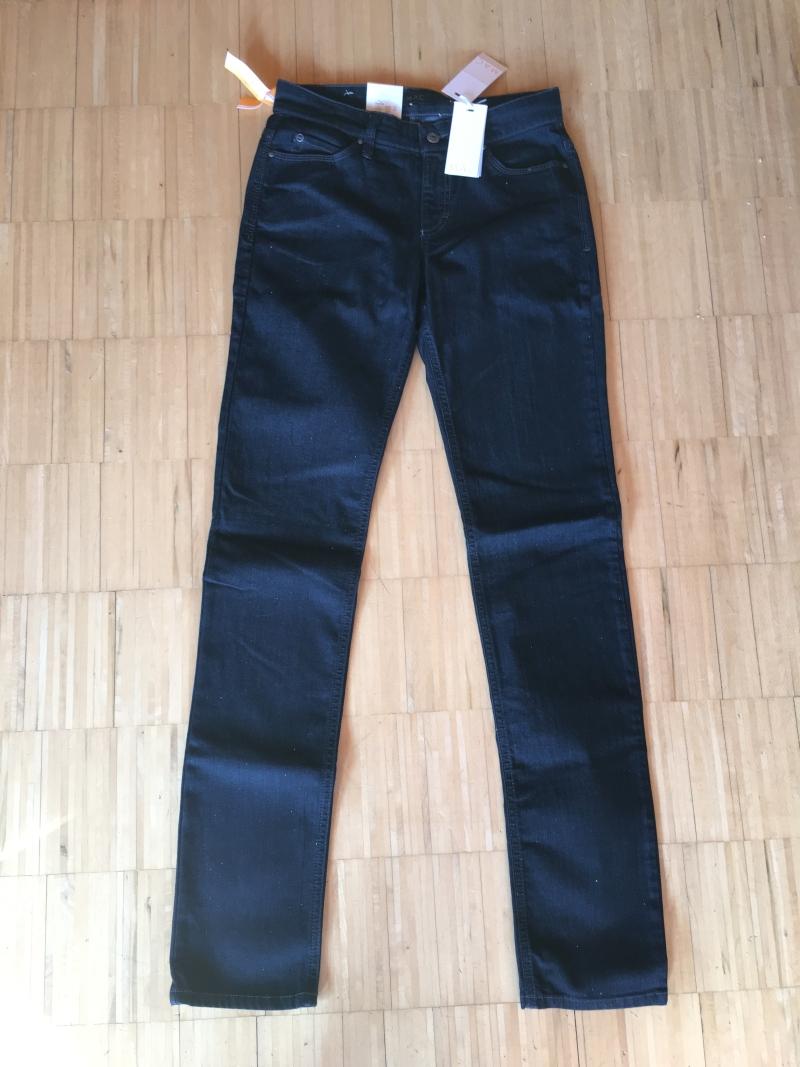 mac carrie pipe hose jeans damenjeans jeanshose 0307 95. Black Bedroom Furniture Sets. Home Design Ideas